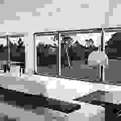 Casa Pradera de Andrés Hincapíe Arquitectos A H A Minimalista