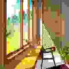 Proposal Rumah Tropis Moderen . GDC – Depok . Jawa Barat Balkon, Beranda & Teras Gaya Eklektik Oleh Vaastu Arsitektur Studio Eklektik