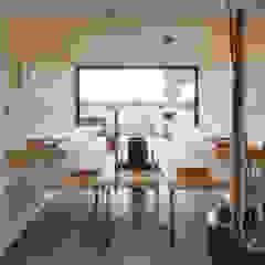 توسط Architekturbüro zwo P مینیمالیستیک چوب Wood effect