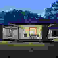 058軽井沢Hさんの家 の atelier137 ARCHITECTURAL DESIGN OFFICE クラシック レンガ