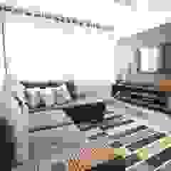 Modern Living Room by Modulart Modern