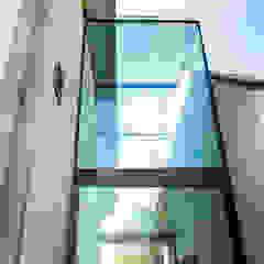 Effingham من IQ Glass UK تبسيطي الألومنيوم / الزنك