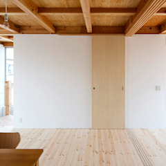 by すずき/suzuki architects (一級建築士事務所すずき) Scandinavian Wood Wood effect