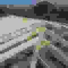 por Recasa, reformas y rehabilitaciones en Marbella Mediterrâneo Madeira Efeito de madeira