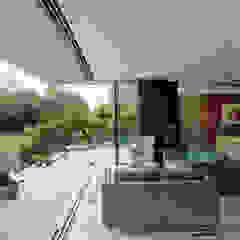 Water Meadow de IQ Glass UK Minimalista Vidrio