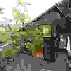 de 塚野建築設計事務所 Asiático Madera Acabado en madera