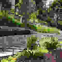 Un jardín donde el cliente se pueda sentir en un oasis particular. de Marcia Lenz Paisajismo Moderno