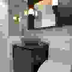Minimalist style bathroom by inark [인아크 건축 설계 디자인] Minimalist