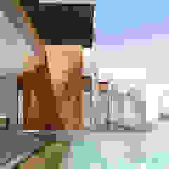 by DAMAJO Grupo Inmobiliario Industrial کنکریٹ
