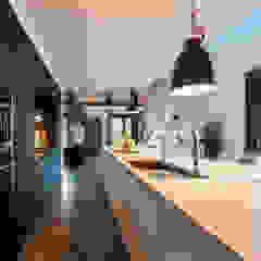 MODERNE SCHUURWONING, VERBOUWING van ID-Architectuur Modern