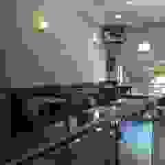 Diseño de una Hamburguesería Big Burger en Buenos Aires por 3G Arquimundo Gastronomía de estilo minimalista de Arquimundo 3g - Diseño de Interiores - Ciudad de Buenos Aires Minimalista