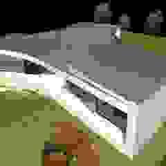 by Santos Delgado Arquitectura & Design Modern میٹل