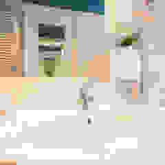Salle de bain moderne par Flavia Case Felici Moderne