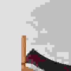 white marble, birch de AYLE Minimalista Mármol