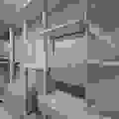 모던 인더스트리얼, 파주 빌라 프로젝트 모던스타일 드레싱 룸 by 디자인 아버 모던