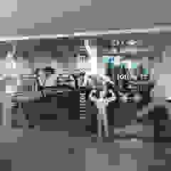 Projection Dreams / CUSTOM CINEMA 360 LDA Ruang Fitness Karet Grey