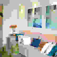 Apartamento MS Salas multimídia minimalistas por R.E. Projetos Minimalista