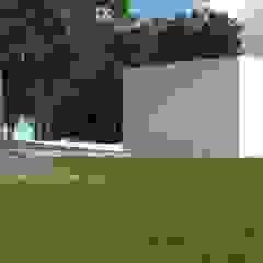 Habitação Unifamiliar, Mafra Garagens e arrecadações modernas por goodmood - Soluções de Habitação Moderno