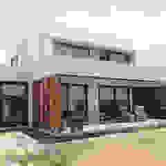 Mediterranean style balcony, porch & terrace by m2 estudio arquitectos - Santiago Mediterranean