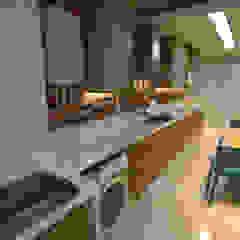 Projeto Arquitetura de interiores | Reforma Apartamento por Gelker Ribeiro Arquitetura | Arquiteto Rio de Janeiro Moderno Derivados de madeira Transparente