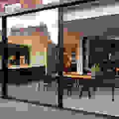 Bloot Architecture Minimalist kitchen