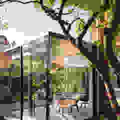 Bloot Architecture Minimalist dining room