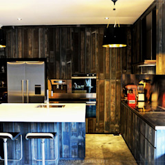 Industrial Design at Worthing Road Industrial style kitchen by Singapore Carpentry Interior Design Pte Ltd Industrial