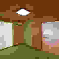 por Home Plan Kiyotake 一級建築士事務所 ㈱清武建設 Asiático