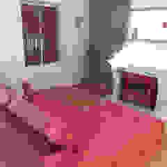 Pedigree Group WohnzimmerTV- und Mediamöbel Kunststoff Rot