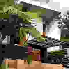 Cattleya Art Studio & Residence Oleh Mandalananta Studio Tropis Batu Bata