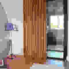 من Koya Architecture Intérieure صناعي خشب نقي Multicolored