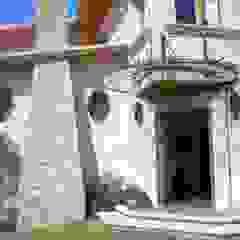 Oleh H+Arquitectos Kolonial Batu