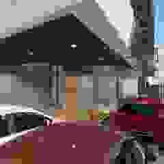 โดย Structura Architects โมเดิร์น อลูมิเนียมและสังกะสี