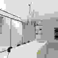Kitchen Design, Cape Town by Lijn Ontwerp Scandinavian Wood Wood effect