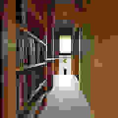 Aziatische gangen, hallen & trappenhuizen van 水野設計室 Aziatisch