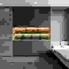 Thiết kế nội thất căn hộ Sunrise Cityview - Phong cách hiện đại sang trọng Phòng ngủ phong cách hiện đại bởi ICON INTERIOR Hiện đại