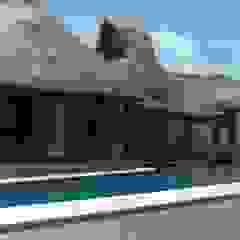 by SG Huerta Arquitecto Cancun Tropical Bamboo Green