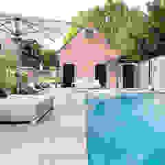 Ontwerp wellnesstuin Kaatsheuvel van Studio REDD exclusieve tuinen Modern