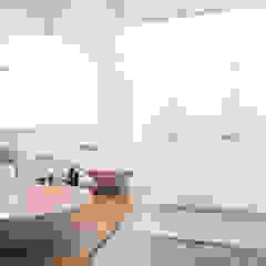 Nieuwe luxe woning Moderne badkamers van Bouwbedrijf Lelieveldt Modern