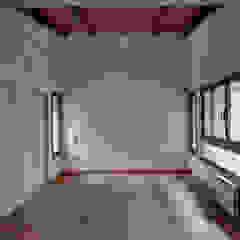 """Diseño y construcción de Casa """"patios entre medianeras"""" por 1.61 Arquitectos Dormitorios eclécticos de 1.61 Arquitectos Ecléctico"""