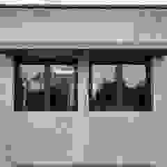 Diseño y Construcción de casa en Valle Anisacate por 1.61 Arquitectos Puertas y ventanas rústicas de 1.61 Arquitectos Rústico
