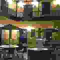 Hotel Tierra Viva de Rodrigo León Palma Colonial Madera Acabado en madera