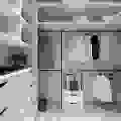 Ruang Ganti Modern Oleh 存果空間設計有限公司 Modern