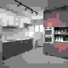 Bedok South Ave 2 by Swish Design Works Modern