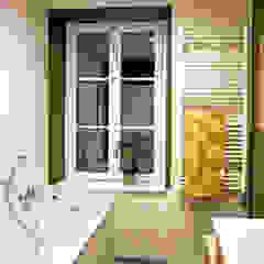 Agence ADI-HOME Modern bathroom Concrete Green