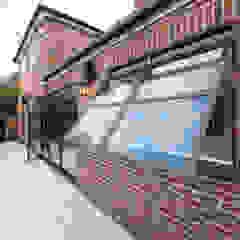 Elgood Avenue por IQ Glass UK Industrial Alumínio/Zinco