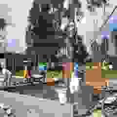 Casa pequeña de ARDI Arquitectura y servicios Moderno Concreto