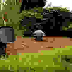 Jardim som ao ar livre por Magnelusa, SA Campestre