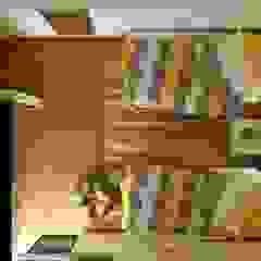 تصميم غرفة نوم من AmiraNayelDesigns حداثي
