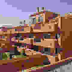 من Estudio de Arquitectura Juan Ligués بحر أبيض متوسط الخرسانة